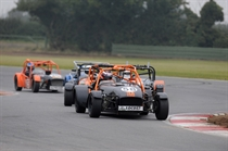 locost Comber leads race 1