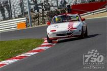 750 MOTOR CLUB – 5Club Mazda Mx5 Championship racing at Brands Hatch 2015