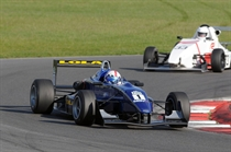 SSC - F4champ Watts took 2nd in race 2