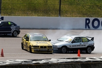 Close contact in the BMW Compact Cup.