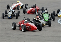 Formula Vee - the field flies into the hairpin