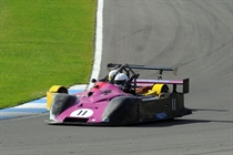 750 Formula - Championship leader goes through